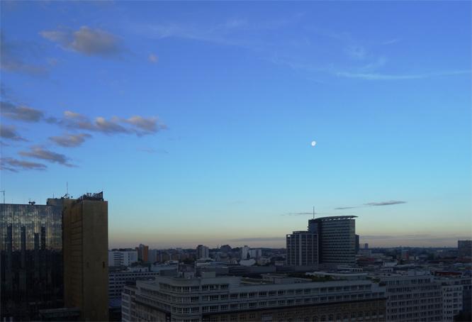 Morgen mit Mond